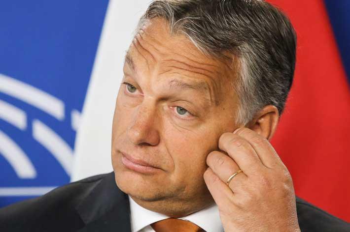 2015-12-Orban